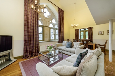 Luxury rental accommodation with 3 bedrooms, the Glenlivet apartment, in Fort Augustus available through the Highland Club Direct